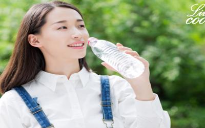 05 loại nước uống vừa giải nhiệt, vừa tốt cho sức khỏe.