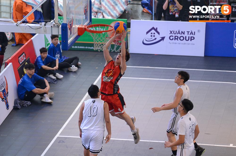 """Sủi thanh nhiệt Livecool tài trợ """" Giải bóng rổ 3×3 Hà Nội mở rộng lần thứ II 2021″ tại hồ Gươm – Hà Nội."""