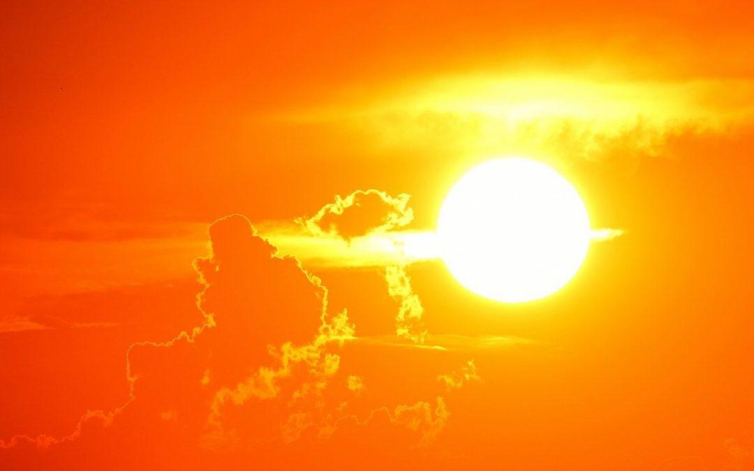 Nhiệt trên cơ thể do đâu mà thành. Cách giải nhiệt hiệu quả?